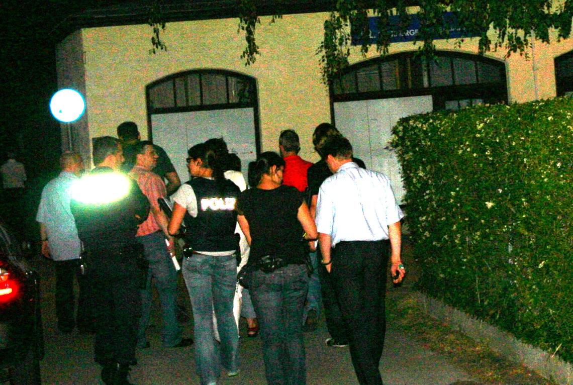 nächtliche razzia im familienhaus musste abgebrochen werden