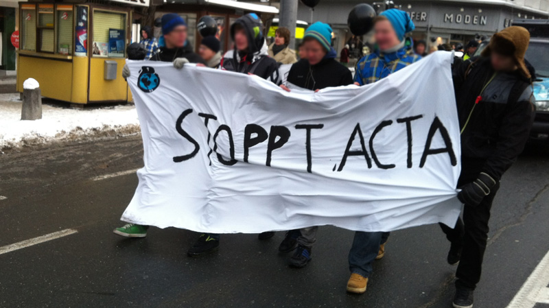 stopp acta demo salzburg 20120211 (foto bernhard jenny)