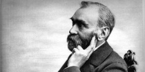 Foto de Alfred Nobel a mais de cem anos (1833-1896)}} {{en|Alfred Nobel (1833-1896)}} |Source=Originally from [http://en.wikipedia.org en.wikipedia]; description page is/was [http://en.wikipedia.org/w/index.php?title=Image