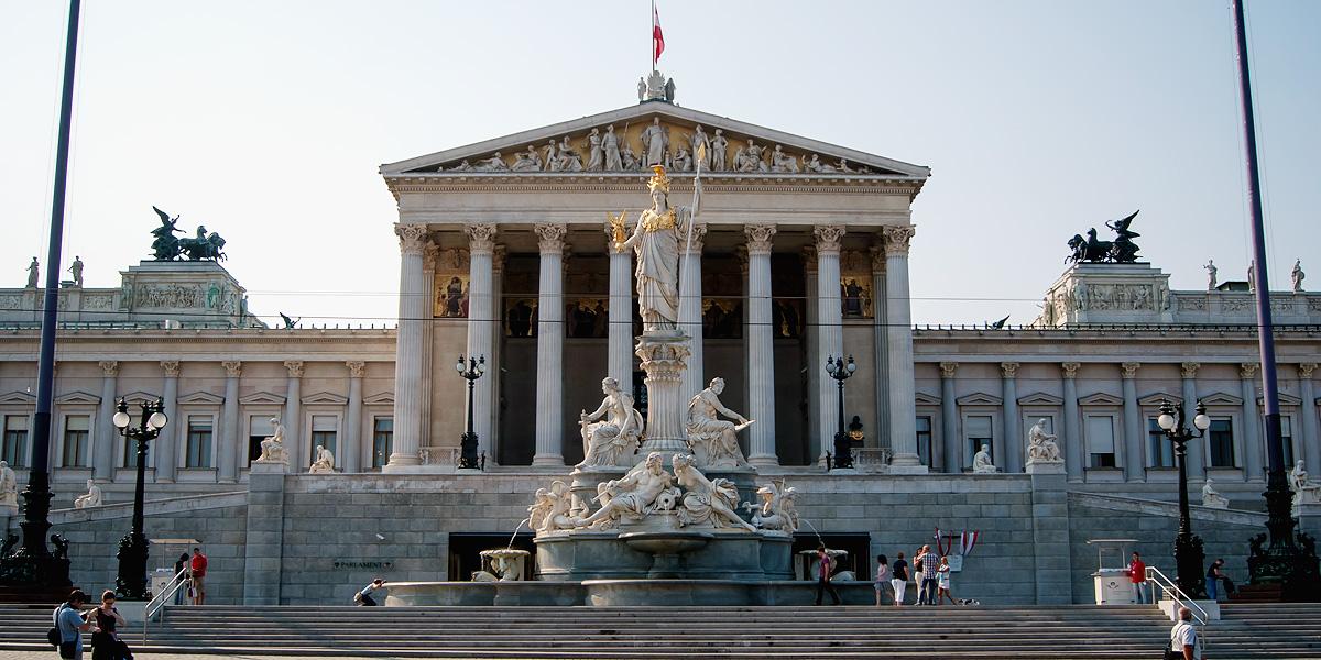 parlament alejandro castro creative commons by-nc-sa