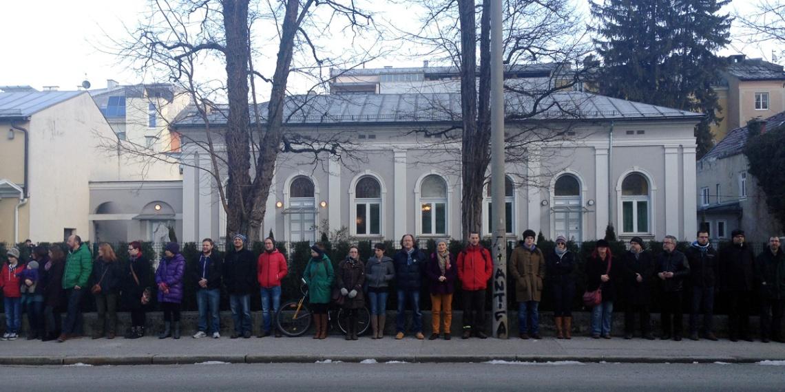 mahnwache_synagoge front