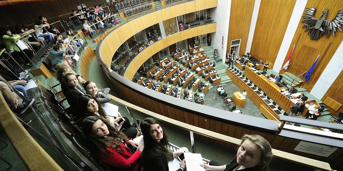 Girls Day 2015 im Parlament