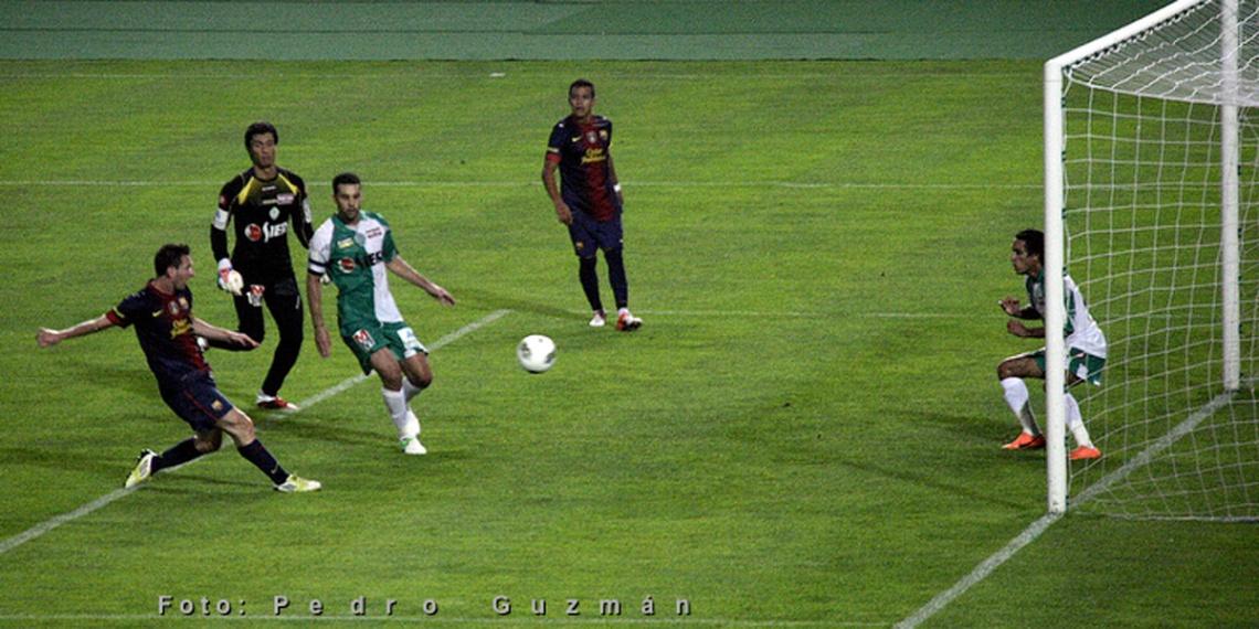 Barcelona vs Raja Club Athletic en Tanger